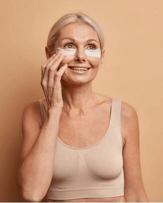 Visage Ideal bardzo skutecznie zagęszcza strukturę skóry usuwa zmarszczki